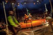 Compagnie La Faux populaire / Le Mort aux dents - Le Cirque poussière