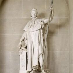 Statue de Napoléon 1er en costume de sacre