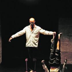"""""""Murmures des murs"""" au théâtre du Rond-Point"""