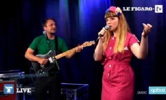 """Luce chante """"Polka"""" dans le Live Figaro"""