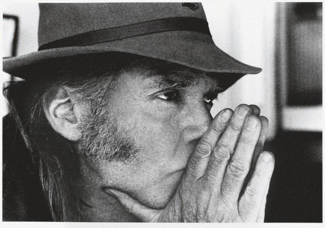 Neil Young repart en croisade contre l'agriculture transgénique et le capitalisme.